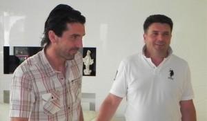 Gianluigi Buffon e o ex-jogador da seleção croata Mario Stanic em Medjugorje. No início da carreira de Buffon, os dois jogaram na Liga italiana juntos no Parma. Foto: citluk.ba