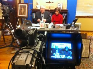 Cathy e Denis Nolan, comentarista das mensagens e presidente da MaryTV