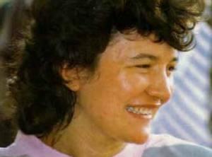 Poucos, se houver, em Medjugorje expressam a alegria da conversão mais animadamente do que a vidente Vicka Ivankovic-Mijatovic. Esta foto remonta a meados dos anos 1980, mas sorriso de Vicka tem sido o mesmo ao longo dos anos das aparições.