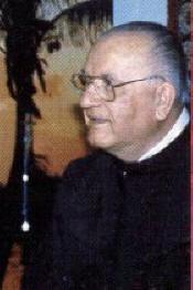 Pe. Janko Bubalo durante uma de suas muitas entrevistas com Vicka em 1983-84. Suas muitas horas de conversa também deram uma visão geral do sétimo, oitavo e nono segredos.