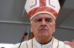 Bispo Ratko Peric, da diocese de Mostar, que inclui a paróquia de Medjugorje.
