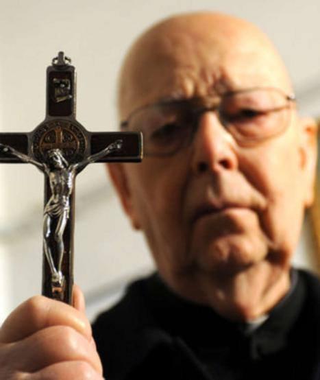Padre Gabriele Amorth fala sobre uma libertação demoníaca ocorrida em Medjugorje.