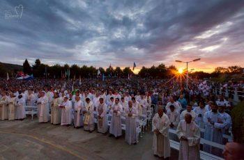 """Padre Krystian Strycharski: """"Medjugorje é um lugar abençoado, no qual os corações de abrem e as pessoas recebem vocações."""""""