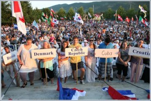 Marija coloca uma alta esperança nos participantes no Festival da Juventude em Medjugorje