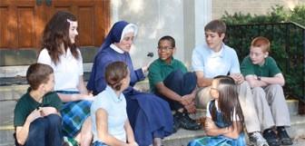Ivan: Escolas católicas não são suficientes