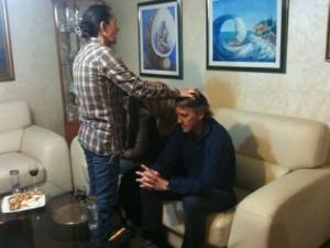 Vidente de Medjugorje Vicka Ivankovic-Mijatovic reza sobre Roberto Mancini em sua casa em março 2012